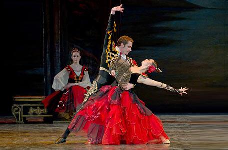 西班牙舞蹈表演