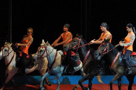 俄罗斯马戏团表演