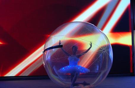 成都水晶球芭蕾舞表演图片