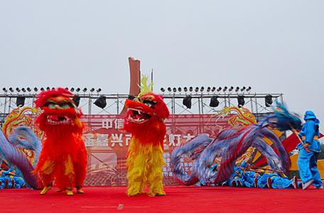 大型活动舞狮表演